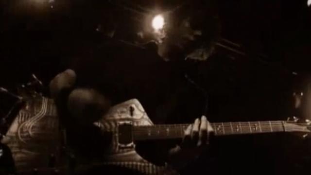 Waiting For videoclip screenshot